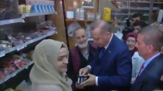 Cumhurbaşkanı Erdoğan bakkaldan alışveriş yaptı