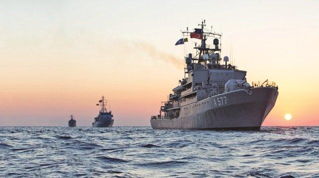 Türk Donanması Doğu Akdeniz'de her hareketi izliyor