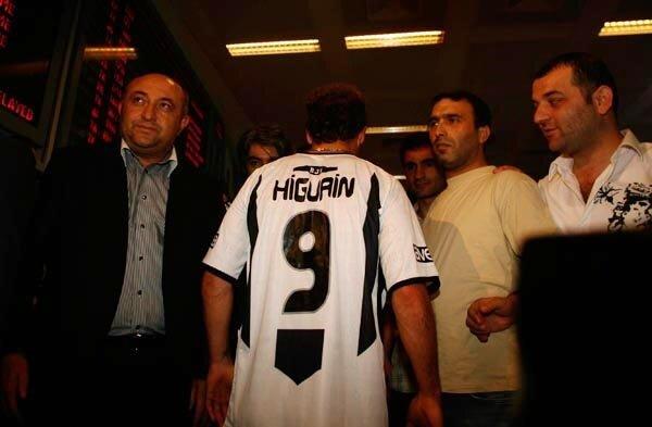 Federico Higuain, Beşiktaş'a 1 milyon 250 bin euro karşılığında transfer olmuştu.