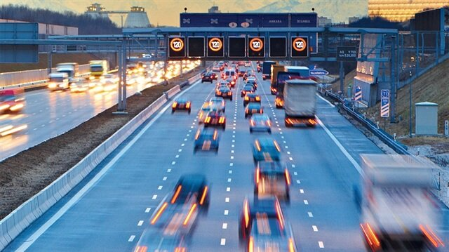 Yazılımı yerli ve milli olan akıllı takip sistemiyle sürücü davranışları araç içinden incelenecek.
