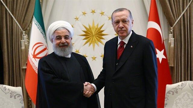 Cumhurbaşkanı Recep Tayyip Erdoğan ile İran Cumhurbaşkanı Hasan Ruhani'nin Ankara'daki görüşmesinden kare.