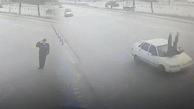 Polis Evi´nde görevli polis memuru Vedat Selvi'ye otomobil çarptı.