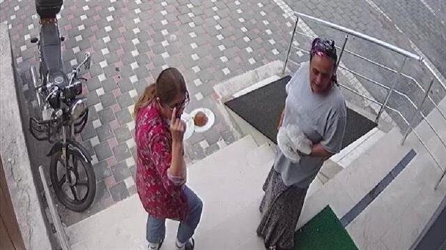 Adana'da yemek ikram ettikleri hırsız bisiklet ve ayakkabılarını çaldı