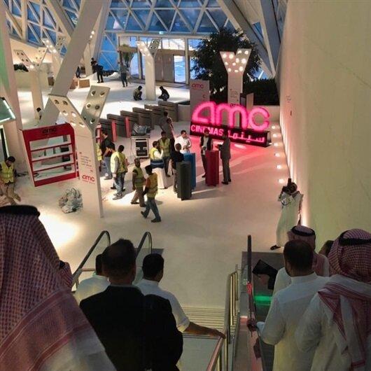 Suudi Arabistanlılar ilk sinema salonuna kavuştu