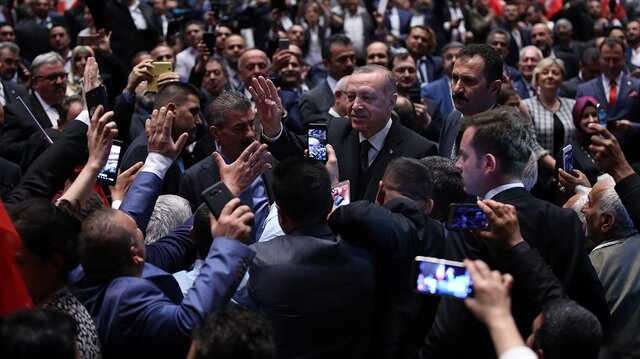 Cumhurbaşkanı Erdoğan, İstanbul'da düzenlenecek AK Parti Kongresi'ne vurgu yaptı.