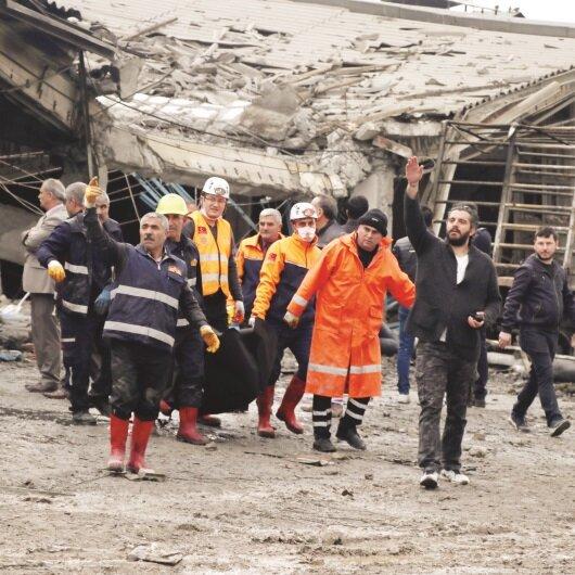 Sanayi'de can pazarı: 3 ölü