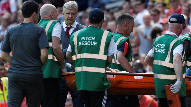 Arsenal'de yıldız futbolcu sahadan ağlayarak çıktı