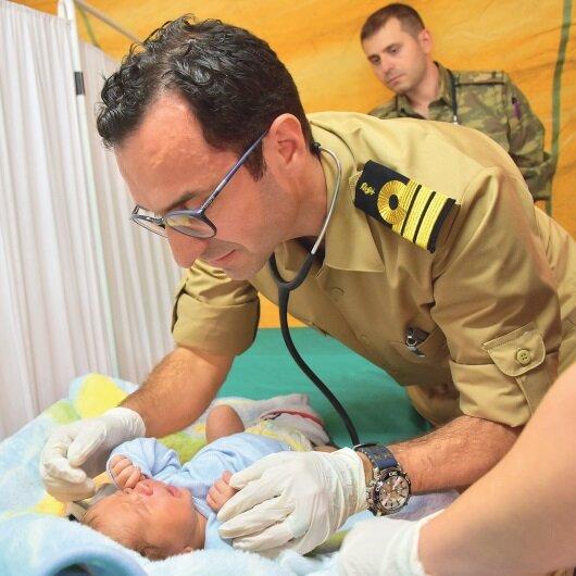 Afrin'e<br>sahra hastanesi