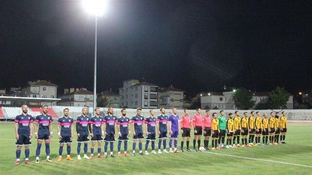 Karaman Belediyespor rakibini farklı mağlup etti.