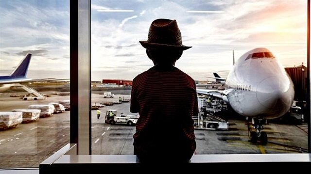 Okul için evden çıktı, Bali'ye kaçtı
