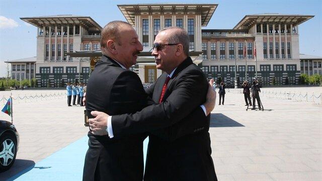 الرئيس التركيّ أردوغان يستقبل نظيره الأذري علييف في العاصمة أنقرة