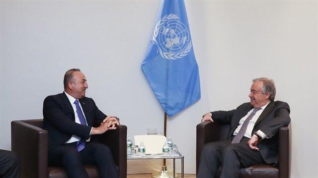 جاويش أوغلو وأمين الأمم المتحدة يبحثان الوضع في سوريا وقبرص