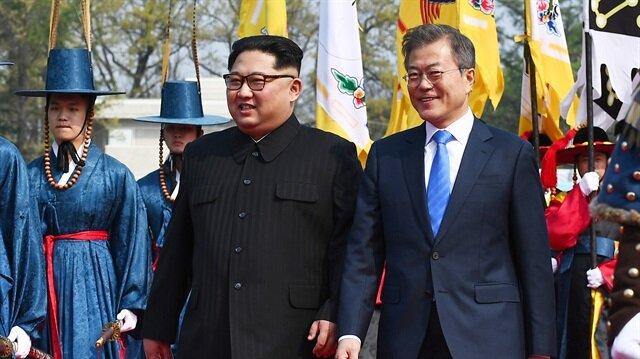 Kim ile Moon'un tarihi görüşmesi başladı
