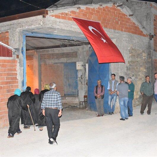 Afrin'de şehit olan Astsubay Erkek'in ailesine şehadet haberi verildi