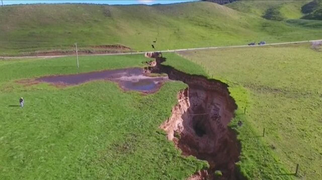 Six-storey deep sinkhole opens on NZ farm