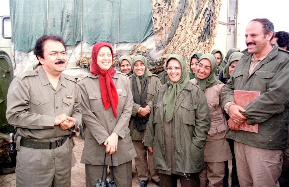 Halkın Mücahitleri Örgütü üyeleri uzun yıllardır Irak'taki kamplarda yaşamları sürdürüyorlar.