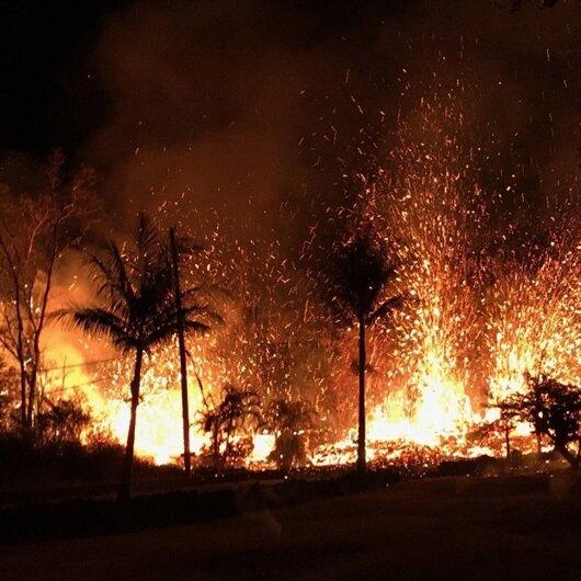 Hawaii'de lavlar evleri yutuyor