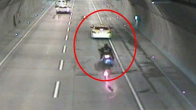 Tünelin ortasında ani fren yapan taksi feci kazaya sebep oldu