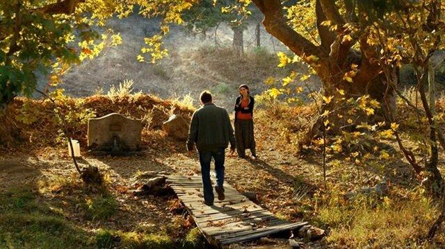 """Festivale Türkiye'den Nuri Bilge Ceylan'ın """"Ahlat Ağacı"""" filmi katılacak."""