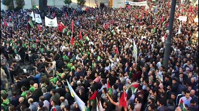Yüz binler Kudüs'için Taksim'de