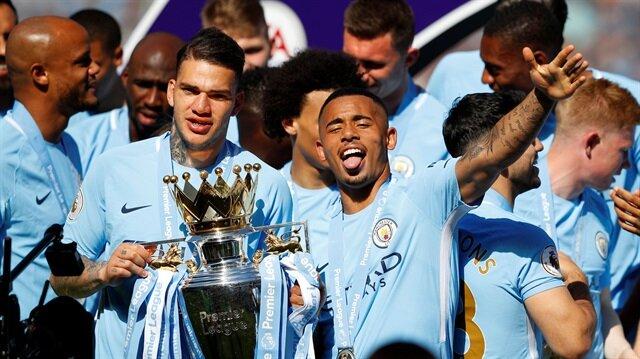 Ederson 2025'e kadar Manchester City'de
