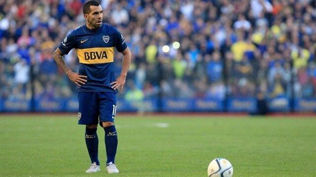 Kulüp kariyeri boyunca 462 maça çıkan Tevez, 213 gol kaydetti.