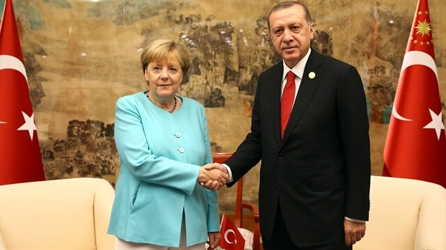 Cumhurbaşkanı Erdoğan ile Alman Başbakan Merkel görüştü.