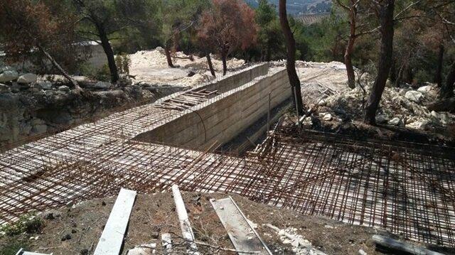 Hacıhasanlı'daki arama esnasında YPG/PYD terör örgütüne ait 7 oda, 700 metre kapalı alan ve tünel sistemine sahip, inşası yarım kalan bir kamp alanı tespit edildi.