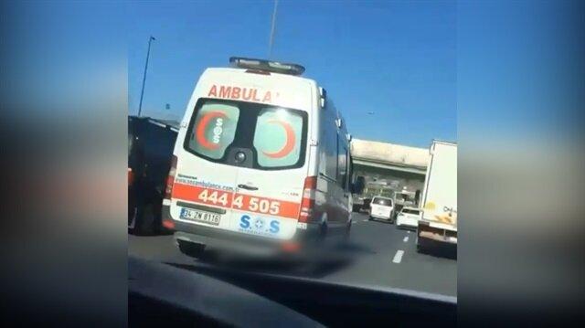 Ambulansa makas atmaya çalışan maganda böyle görüntülendi!