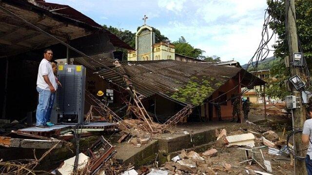 Barajdaki göçük sonrası 5 bin kişi tahliye edildi.