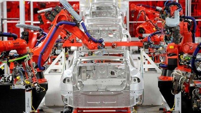 Şirket bu çeyrekte Model 3 üretimine toplam 10 gün boyunca ara verecek ve gereğinden fazla robot kullanımı nedeniyle zora giren süreci düzeltecek.