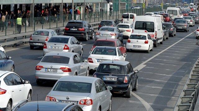 Kadın sürücülerin otomatik ve 60-70 bin lira civarında olan araçlara talebi artıyor.