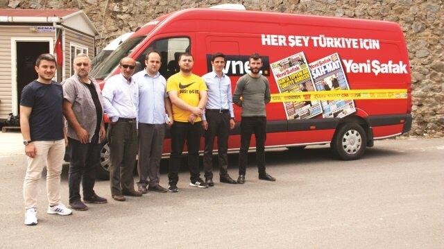 Yeni Şafak ve tvnet ekipleri Rize ve Antalya'da nabız tuttu.