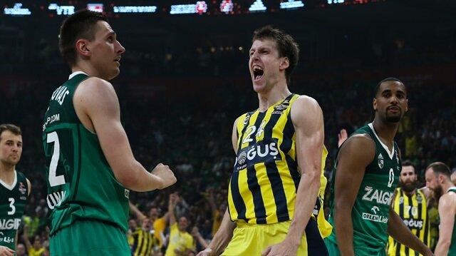 Fenerbahçe.