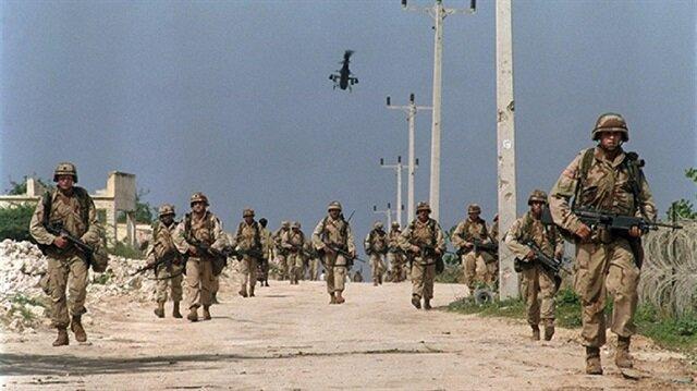 Helikopterden inen ABD askerleri ateş açtı