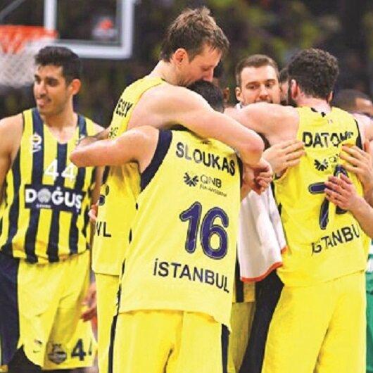 Fenerbahçe Doğuş tarih yazıyor