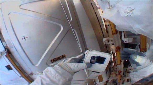 SD kartı dünyada unutan astronot sosyal medyayı salladı