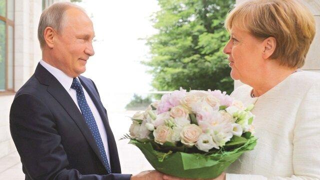 Rus-Alman ilişkileri çiçek açtı