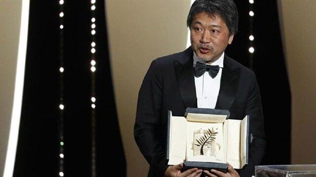 """الفيلم الياباني """"شوب ليفترز"""" يفوز بـ""""سعفة"""" كان الذهبية"""