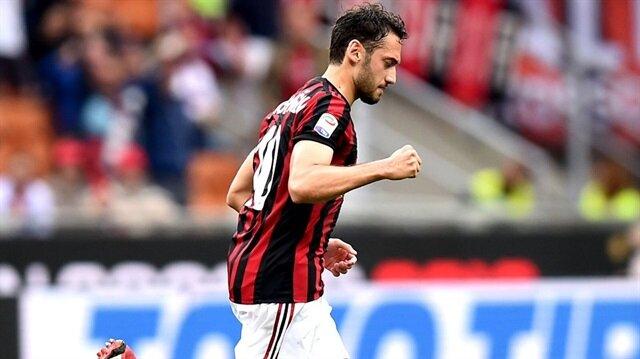 İtalya'da Hakan Çalhanoğlu şov! Milan'ı Avrupa Kupalarına taşıdı