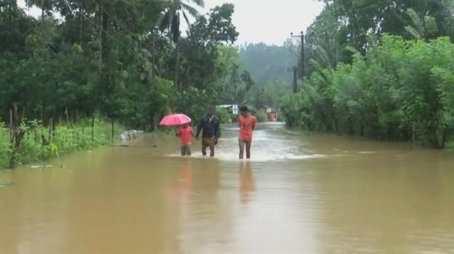 Heavy rains, landslides kill five in Sri Lanka