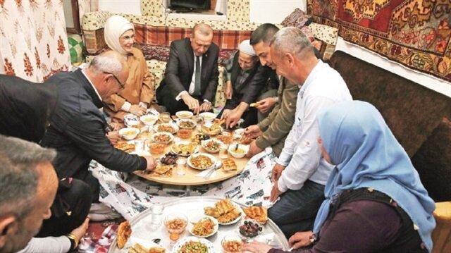 Turkish family hosts President Erdoğan for iftar dinner in Ankara