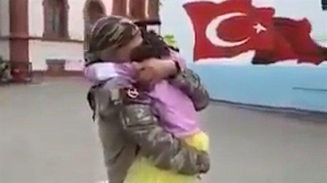 Afrin'den dönen Mehmetçik'in kızıyla buluşma anı duygulandırdı