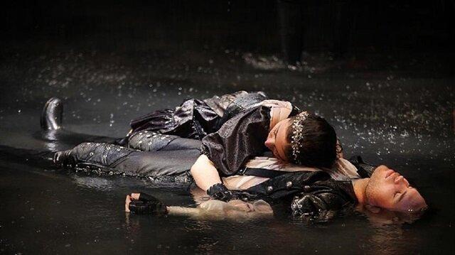 İstanbul Devlet Tiyatrosu sezonu 21 ödülle kapattı