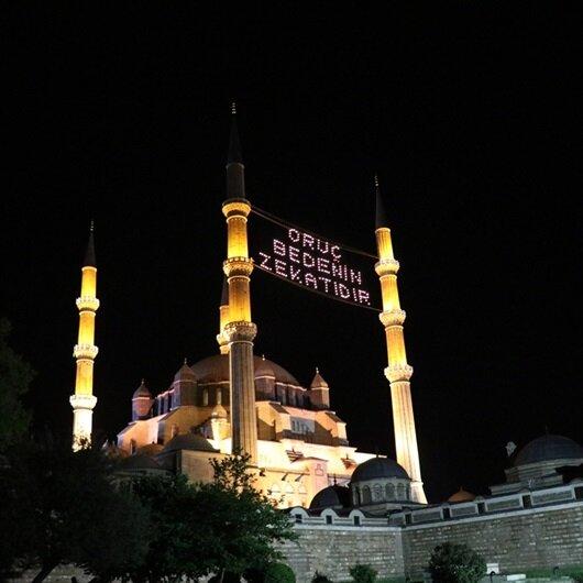 Sultan <br>yadigarı camiler