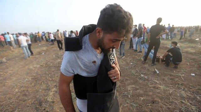 İşgalci İsrail güçleri yine Gazze'de gazeteciyi hedef aldı