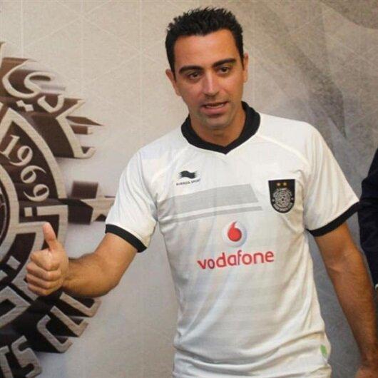 Xavi iki yıllık sözleşmeye imza attı