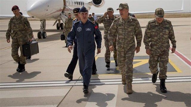 قادة الجيش التركي يتفقدون ميدانيا سير عملية