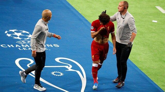 Muhammed Salah gözyaşları içerisinde oyundan çıktı