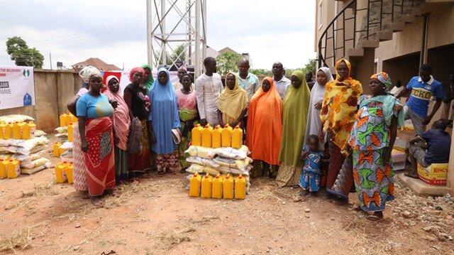 Nijerya'daki mültecilere yardım